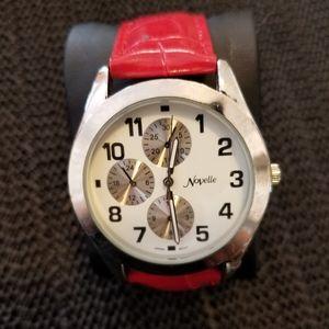 Red Novelle 41N1SET5 Watch
